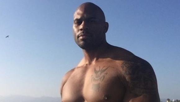 TMZ informa que exluchador de WWE, Shad Gaspard, está desaparecido tras ir a la playa