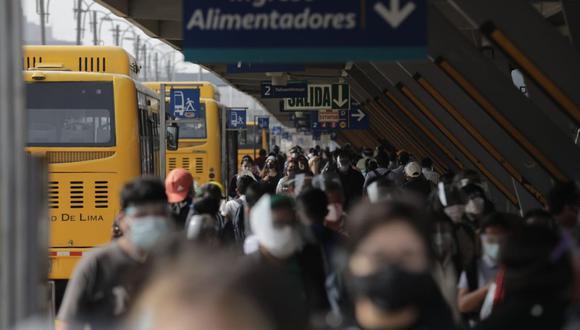 Los operadores del Metropolitano suspendieron desde el viernes algunas rutas alimentadoras. (Anthony Niño de Guzmán / @photo.gec)