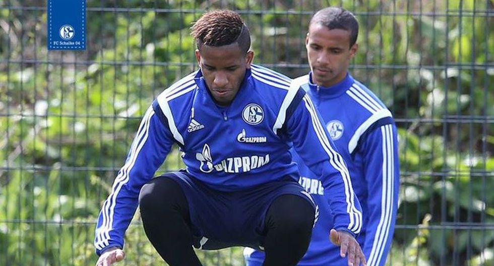 Jefferson Farfán retornó a los entrenamientos del Schalke 04