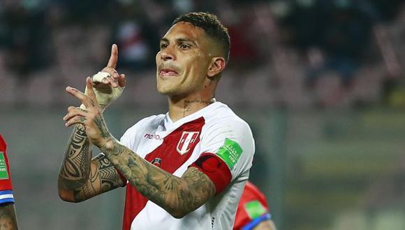 El delantero y capitán de la selección peruana viajó al extranjero para tratar su rodilla y quedó descartado para la fecha FIFA de noviembre.
