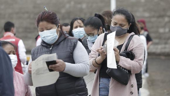 Vacunación contra el coronavirus continúa a nivel nacional. Foto: César Bueno/@photo.gec