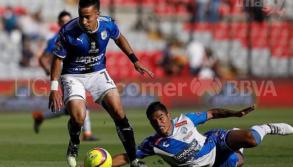 ¡A levantarse! Santamaría sufrió resbalón y provocó gol de Querétaro