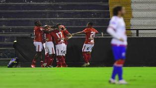 Cienciano goleó y es puntero de su grupo de la Liga 1