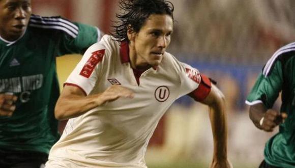 Miguel Ángel Torres sumó tres títulos nacionales con Universitario