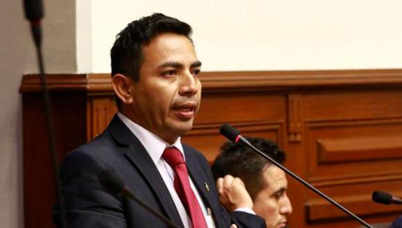 Congresista arremetió contra el Presidente, Francisco Sagasti en la sesión virtual del pleno.