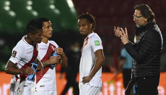 La selección peruana acumuló cuatro caídas consecutivas en las Eliminatorias bajo las órdenes de Ricardo Gareca. (Foto: AFP)