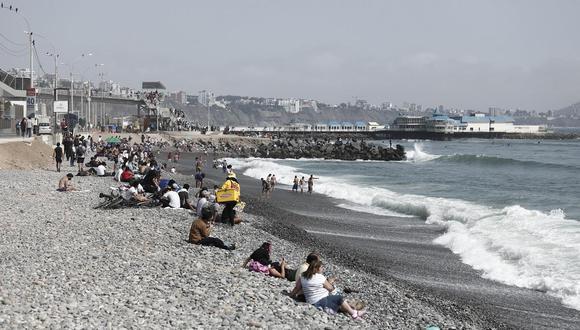 Jorge Muñoz anunció que propuesta para limitar acceso a playas para evitar contagios de COVID-19 sería aprobada por el Ejecutivo a través de un decreto. (Foto: GEC)