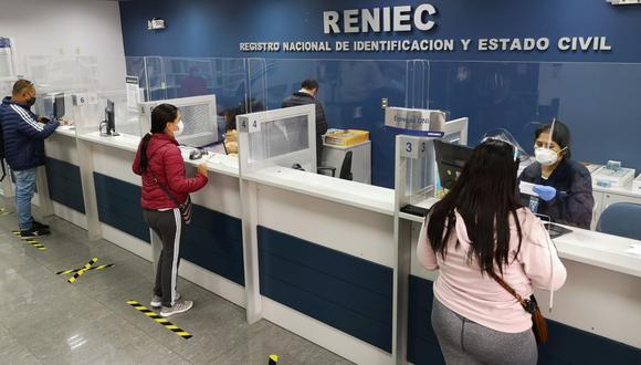 Las personas que realicen trámites en Reniec deberán cumplir los protocolos sanitarios. (Foto: Reniec)