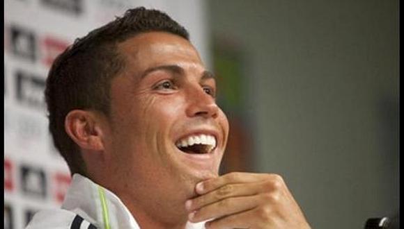 Fan de Cristiano Ronaldo soñaba con tener a CR7 en su cabeza y barbero cometió terrible blooper | FOTO