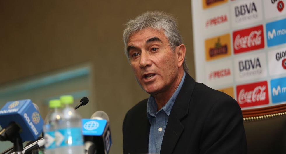 Juan Carlos Oblitas asegura permanencia de Gareca en la selección peruana