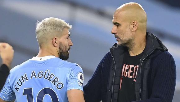 Pep Guardiola defiende a Sergio Agüero después de su contacto con la árbitro asistente. (Foto: EFE)