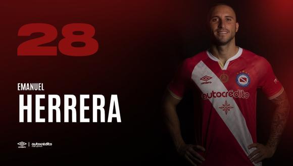 Argentinos Juniors venció a River Plate y Emanuel Herrera tuvo participación activa en la jugada del gol del elenco de Gabriel Milito.