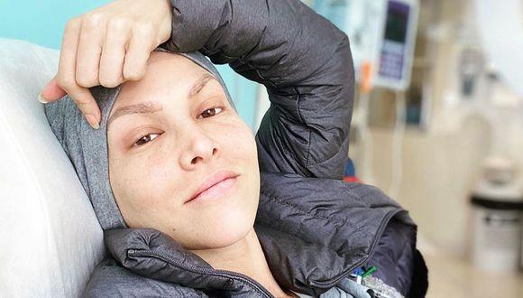 Anahí de Cárdenas recibió emotiva despedida del personal médico tras recibir su última quimioterapia (Foto: Instagram)