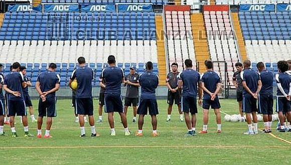 Alianza Lima: Estos jugadores serán dados de baja por Roberto Mosquera