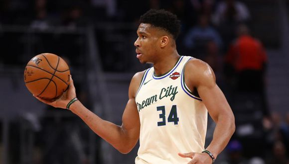 Milwaukee Bucks vs. Minnesota Timberwolves se enfrentan en la NBA. (Foto: AFP)