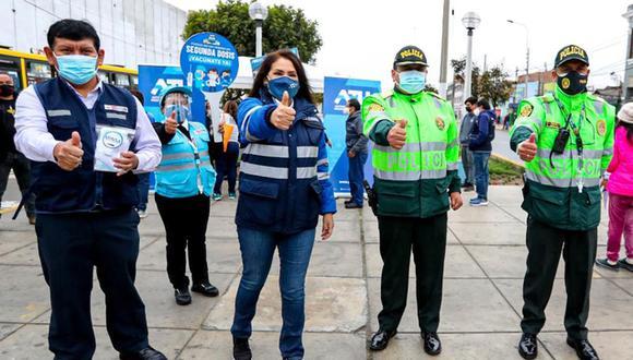 Promueven vacunación entre taxistas, choferes y cobradores de transporte público en el Callao.