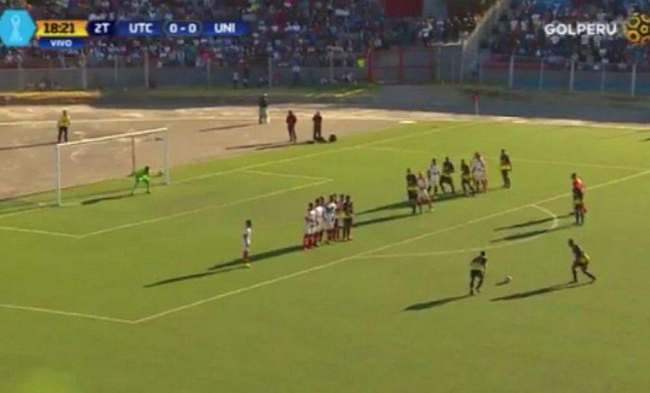 UTC vs. Universitario: el tiro libre de Vergara que casi termina en gol