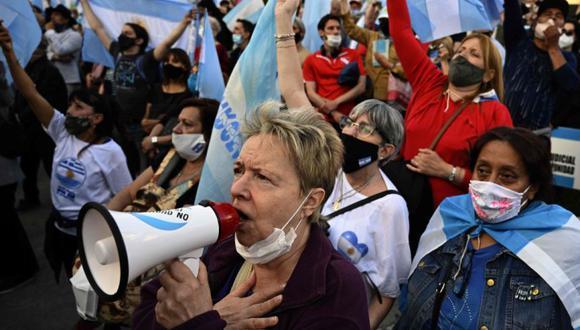 La situación que vive Argentina por el coronavirus hace que el gobierno se plantee soluciones para sus habitantes.