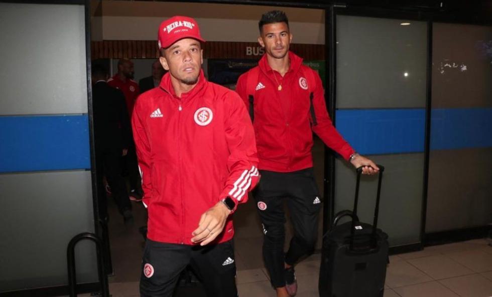 Así fue la llegada de Internacional de Porto Alegre a Chile con Paolo Guerrero para disputar la Copa Libertadores 2020. (Foto: Twitter)