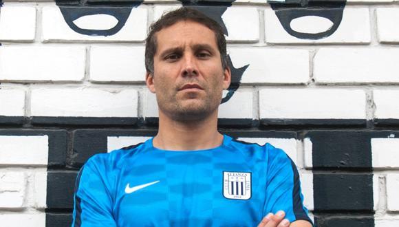 Leao Butrón fue titular ante Deportivo Binacional en Juliaca | Foto: GEC