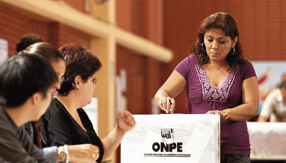 Un 17% de peruanos aún no ha definido su voto y un 14% ha indicado que votará en blanco o viciado para los comicios del 11 de abril. (Foto: GEC)