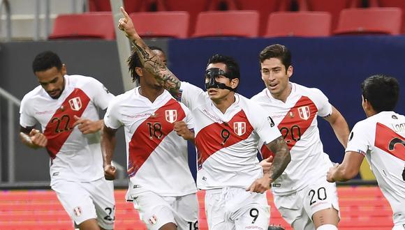 Gianluca Lapadula no pudo colgarse una medalla en el pecho, pero en la Copa América demostró que tiene mucho que aportar a la selección peruana ( AFP)