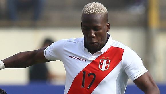 Selección peruana   Luis Advíncula interesa al Saint Ettiene de Miguel Trauco según medio francés   FOTO