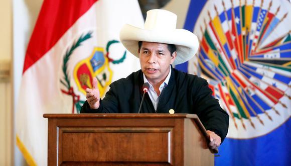 Segundo Sánchez Sánchez asegura que él mismo está cubriendo con los gastos de su viaje.