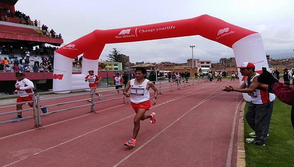 Peruano Cristhian Pacheco gana la Maratón Internacional de los Andes