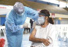 Pongo el Hombro: personas de 65 años a más ya pueden conocer fecha y lugar en que serán vacunados contra el COVID-19