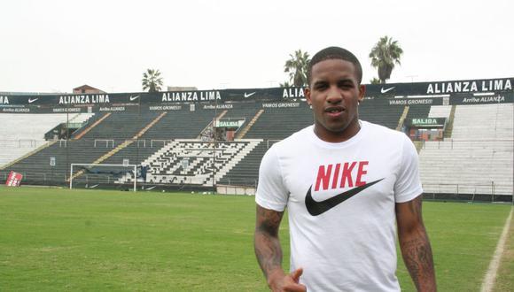 Según el periodista Pierre Manrique, Jefferson Farfán tiene todo listo para volver a Alianza Lima.