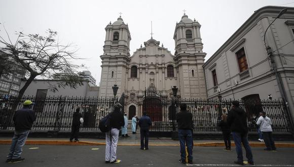 Presidente Martín Vizcarra anunció que parroquias volverán a operar a partir de noviembre en forma gradual. (Foto: GEC)