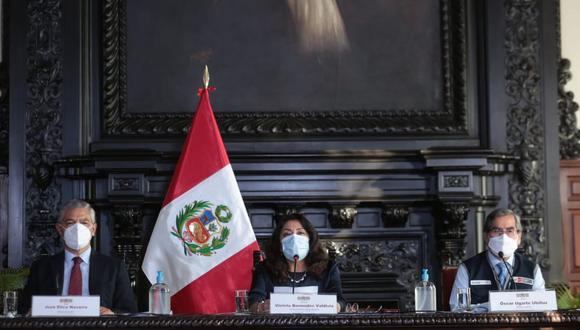 La titular de la PCM, Violeta Bermúdez, dio a conocer las nuevas medidas contra el COVID-19. (Foto: PCM)