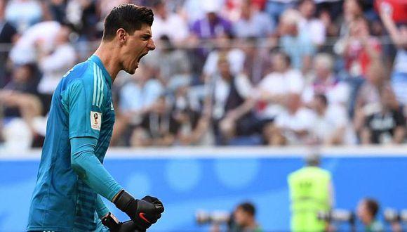 Courtois y las críticas que recibe por besar el escudo del Real Madrid