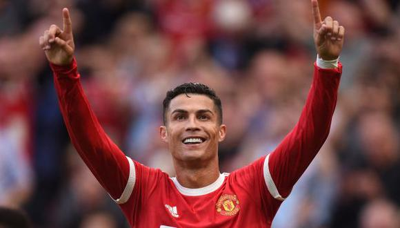 Luis Figo habló de los problemas que evitó Cristiano Ronaldo si firmaba por Manchester City. (Foto: AFP)