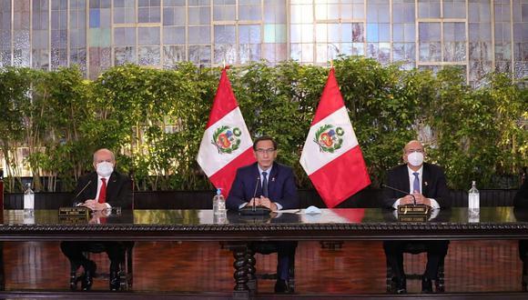 Martín Vizcarra y Pedro Cateriano encabezaron hoy el primer consejo de ministros de este gabinete. (Foto: DIfusión)