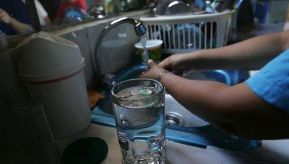 Sedapal anunció en su página de Facebook el corte de agua en San Juan de Lurigancho y La Victoria. (Foto: GEC)