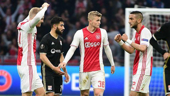 Ajax destrozó 4-1 a Lyon en la Europa League