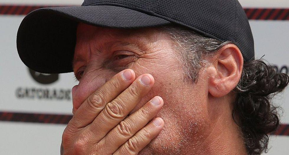 Pedro Troglio envía fuerte mensaje tras muertes de hinchas en clásico del fútbol hondureño   FOTO