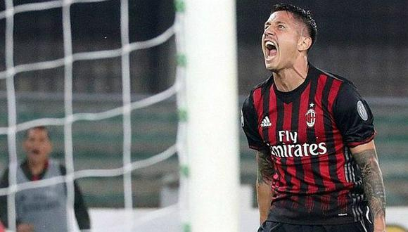 GIanluca Lapadula deja el AC Milan y va cedido a Genoa