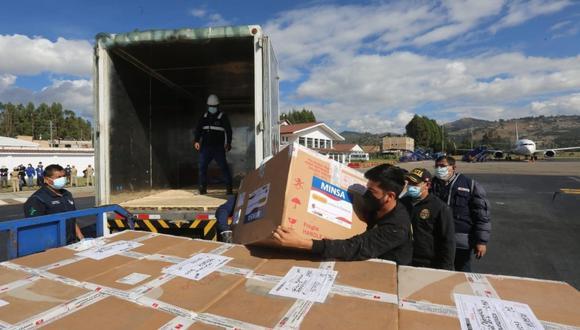 Minsa distribuye más de 3'560. 000 dosis de la vacuna contra la COVID-19 a las regiones del Perú. (Foto: @Minsa_Peru)