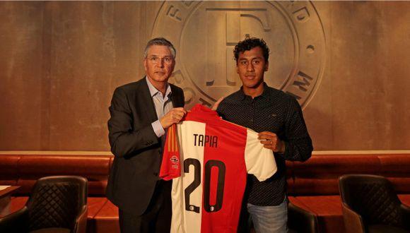 Renato Tapia es oficialmente jugador del Feyenoord