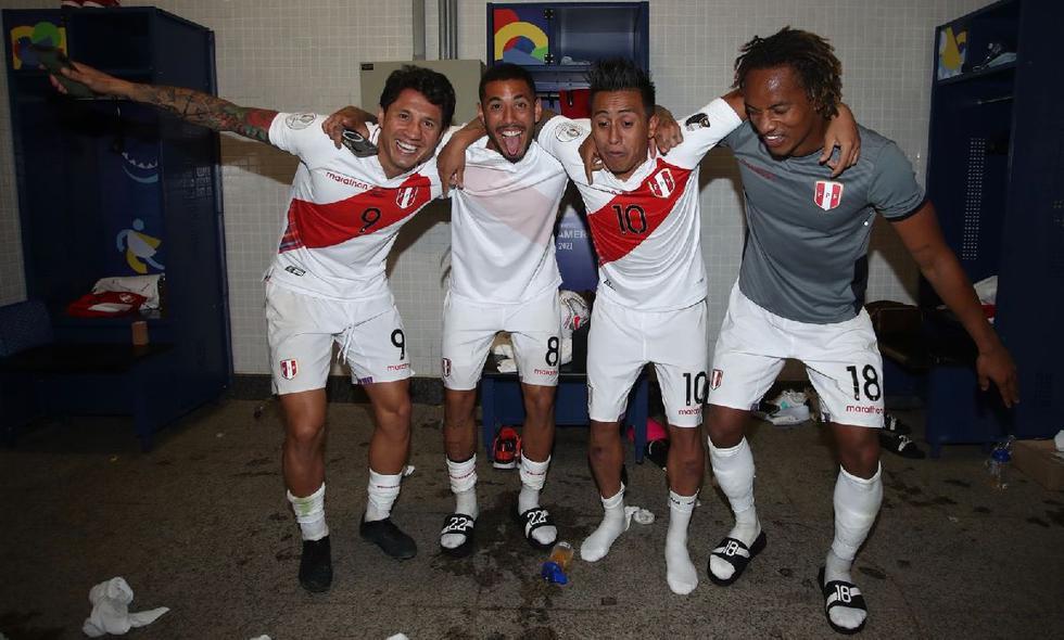 Así celebró la selección peruana en su camerino (Foto: FPF)