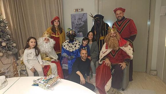 Andrés Iniesta pidió perdón por polémica foto con los Reyes Magos