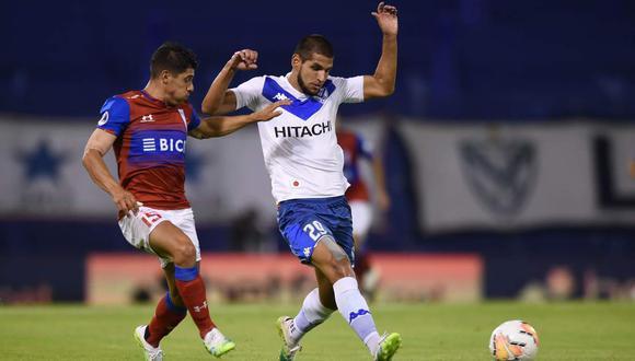 Universidad Católica vs. Vélez Sarsfield se enfrentarán por la vuelta de cuartos en la Copa Sudamericana. (Foto: EFE)