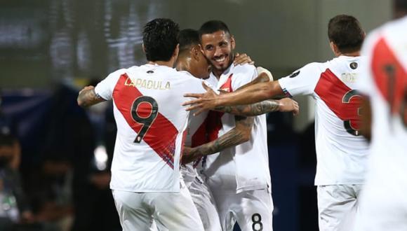 Sergio Peña anotó su primer gol con la selección peruana.
