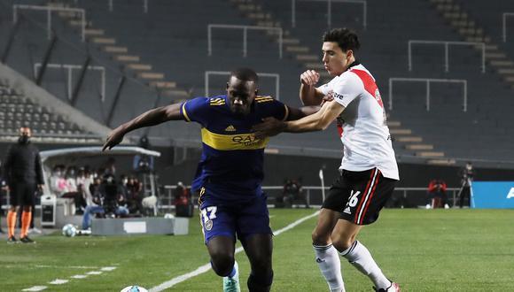 Luis Advíncula dejó satisfechos a los hinchas 'xeneizes' tras su debut en Boca Juniors.