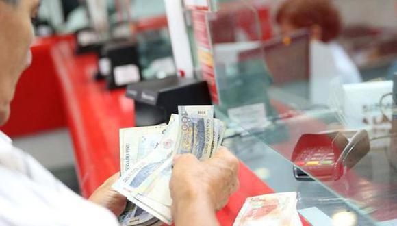 Se ha iniciado la segunda etapa del pago del bono de 600 soles en algunos grupos designados por el Gobierno del Perú, enteráte si todavía puedes cobrarlo. (Foto: Andina)