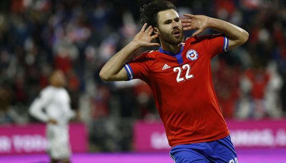 Chile goleó 3-0 a Venezuela y está a tres puntos de la zona de clasificación. (Foto: AFP)