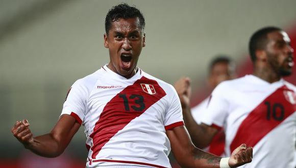Renato Tapia tiene 55 partidos con camiseta de la selección peruana. (Foto: AFP)